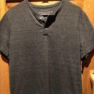 American Eagle Gray Shortsleeve Shirt